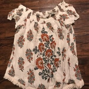 Xhilaration Off the Shoulder top size Small